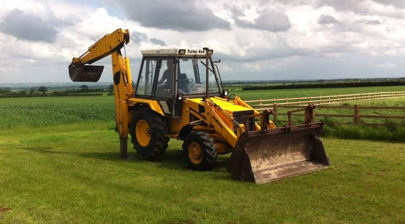 baggerlader gebraucht kaufen heckbagger f r traktor. Black Bedroom Furniture Sets. Home Design Ideas